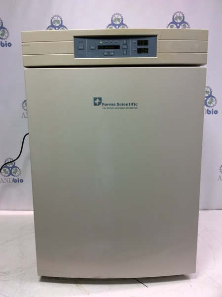 Forma Scientific  - Co2 Water Jacketed Incubator Model 3110