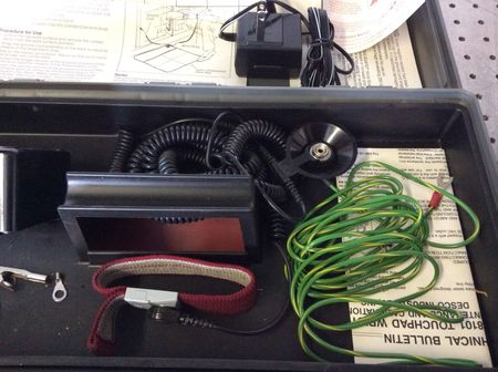 3M - Portable Static-Dissipative Field Service Kit - 2