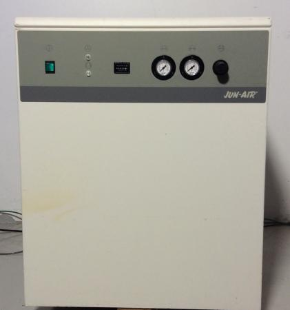 Jun-Air OF1202-40 Air Compressor